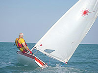 sailing the laser dinghy